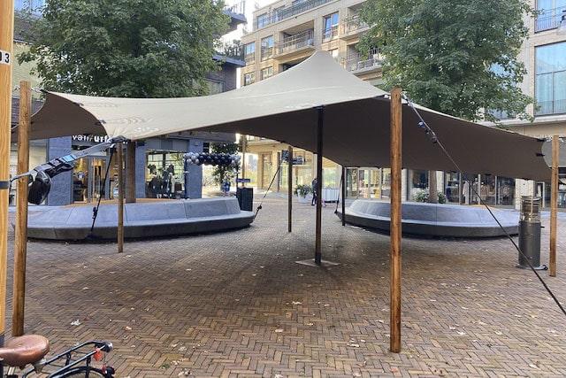 Tent op plein - Van Ekeris Tenten